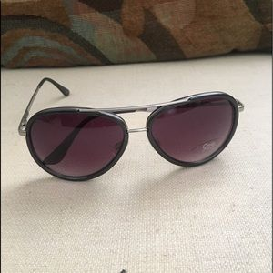 Sam Edelman Accessories - New Sam Edelman circus sunglasses